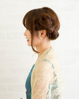 ロープ編みパーティーヘア