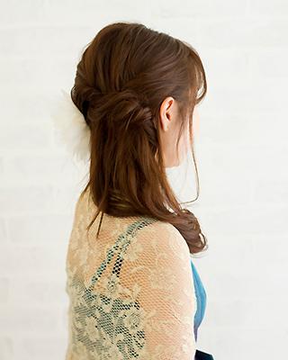ワンサイド編み込みヘア